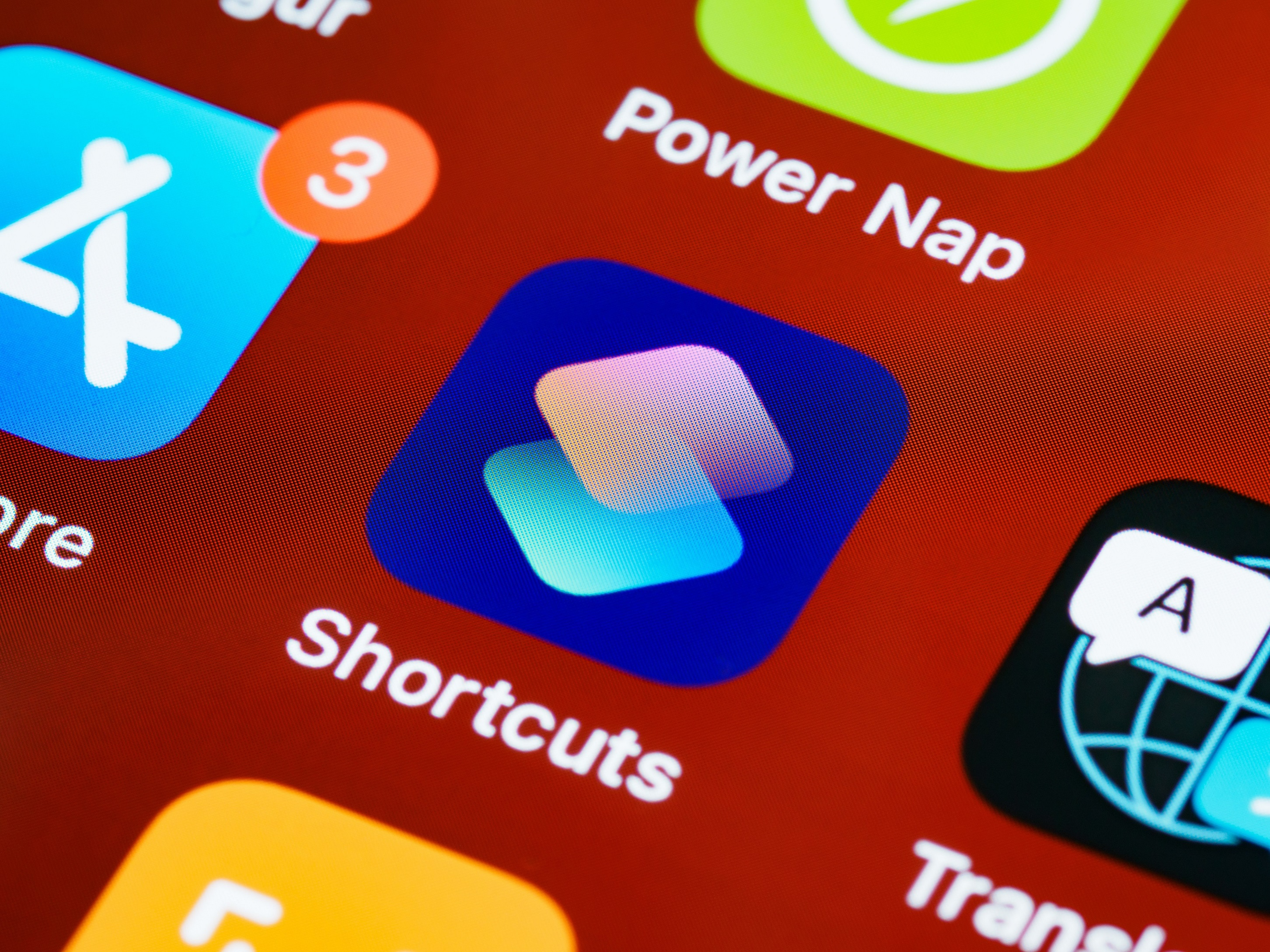 iOS Apple iPhone Shortcuts application battery charging battery phone smartphone low accumulator cellphone akkumulátor